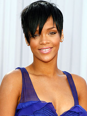 http://www.topnews.in/files/Rihanna_9.jpg