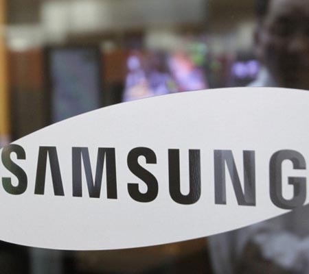 Samsung's Q2 profits drop by 25 percent