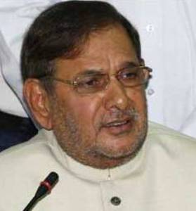 Sharad Yadav congratulates new BJP president Rajnath Singh