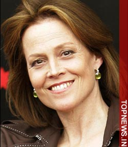 Sigourney Weaver 10266 Parents, Families, and Friends of Lesbians and Gays (PFLAG) www.pflag.org
