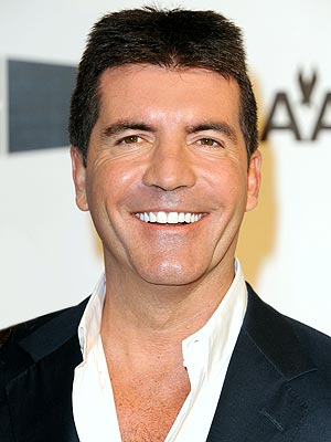 Simon Cowell begins treatment for smoking addiction