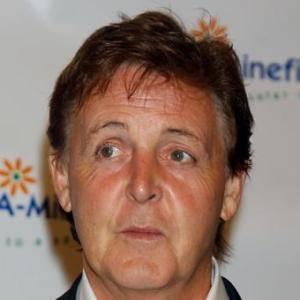 Paul McCartney berpendapat bahwa jika mereka reuni justru akan merusak kenangan mereka. Menurutnya The Beatles itu satu kesatuan yang utuh..