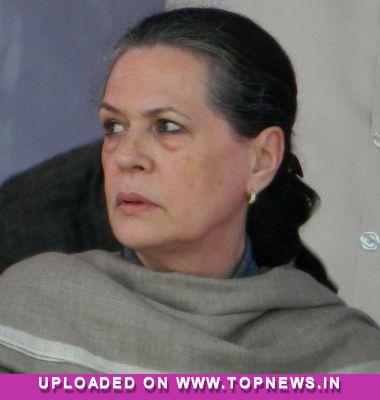 Sonia wishes speedy recovery for Delhi gang-rape survivor