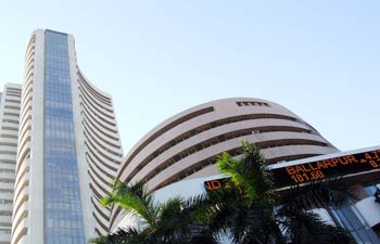 Indian Market Closes at 5-month High; Crude Touches 3-month High