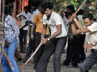 Students clash with police in Varanasi