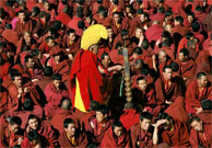 Tibetan monks disrupt media tour in north-west China