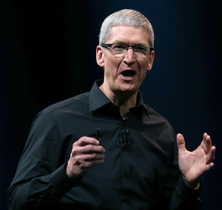 Apple CEO Tim Cook gets paltry pay increase in 2013