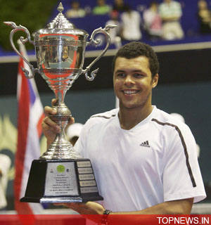 Emotional Tsonga inspired by family in Paris title triumph