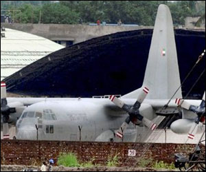 Kolkata authorities send detained UAE plane report to Centre