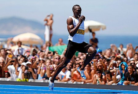 Bolt narrowly misses 150m record