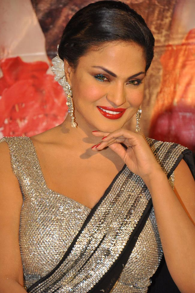 Vena Malik Photos http://www.topnews.in/people/veena-malik