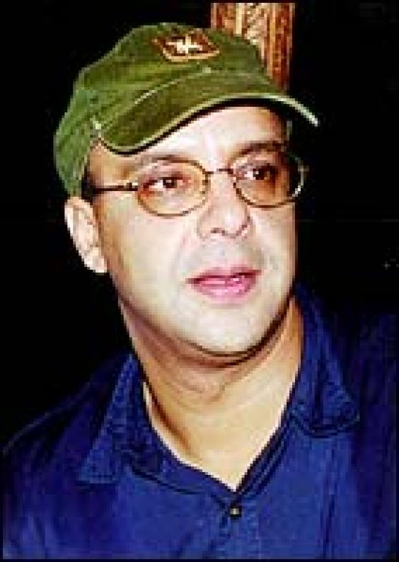 Featured TNM Entertainment Vidhu Vinod ChopraVidhu Vinod Chopra