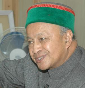 Virbhadra's wife not to contest Himachal by-poll