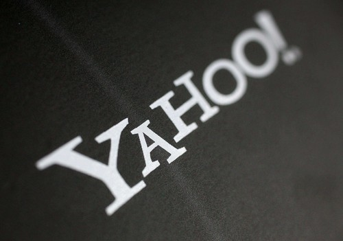 Yahoo names new CEO