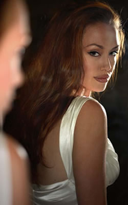 angelina jolie nude wanted