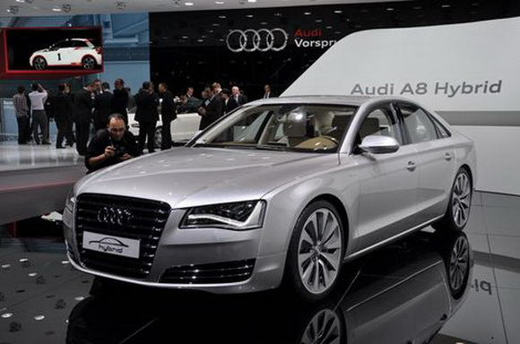 Audi to produce environmentally friendly A8 hybrid limousine