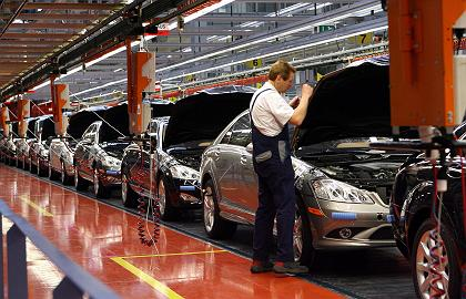 Japan's car exports for fiscal 2008 mark first fall in seven years