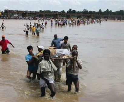 People donate over Rs.500 cr for flood-hit in Karnataka
