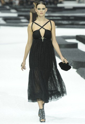 Givenchi's Extreme Art And Chanel's Casual Collection At Spring Summer 2011 Haute Couture
