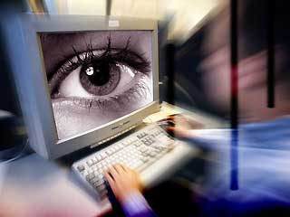 Experts: Cyber spies continue to operate