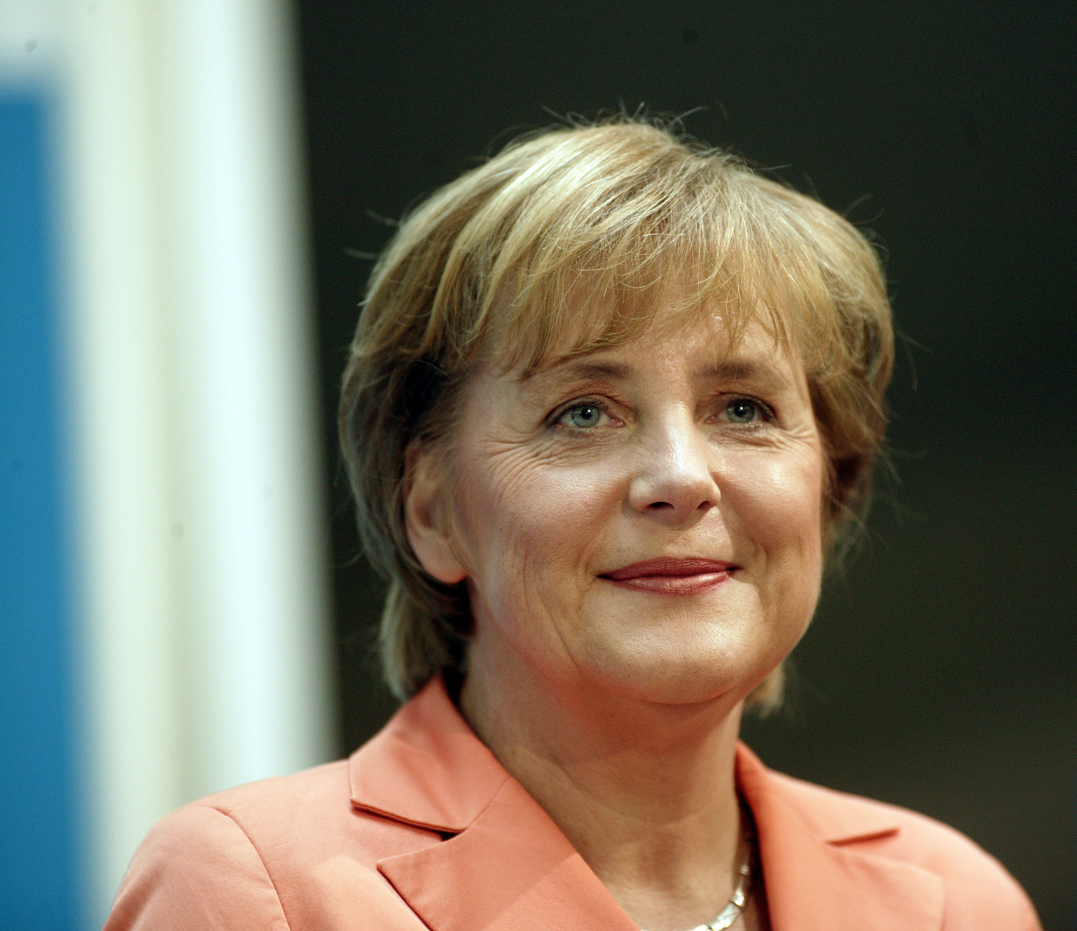 Merkel gears up for election shaped by economic crisis