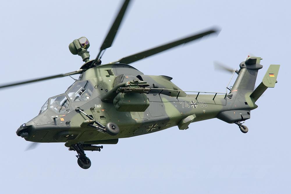 Perú evalúa la compra de hasta 24 helicópteros
