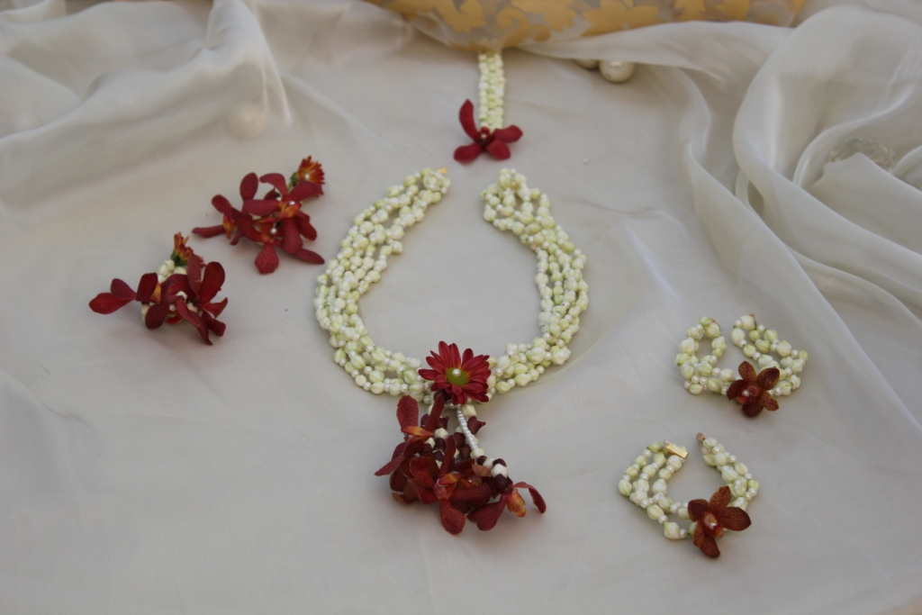 floral-jewellery