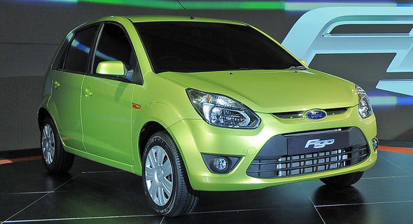 Ford Figo and Yamaha steal the Economic Times-ZigWheels Car and Bike awards