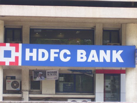 HDFC reports 30.35% increase in net profits