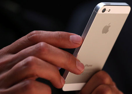 iPhone 5 is UAE's most popular smartphone