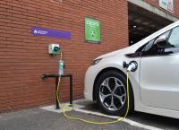 UK Government Plans Scalextric-style EV charging points