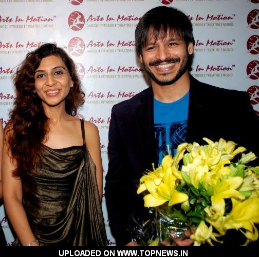 Vivek Oberoi at Arts was in motion with autistic children