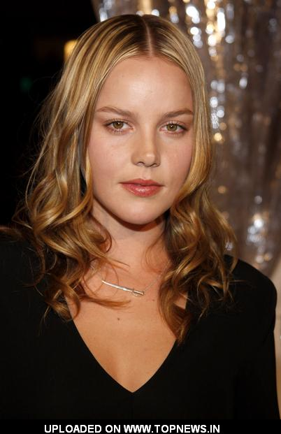 Abbie Cornish - Photo Gallery