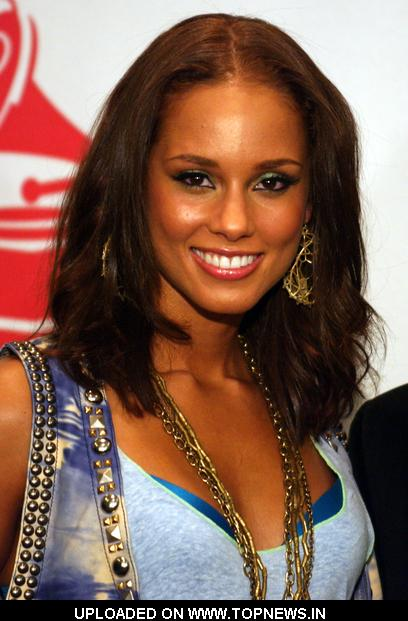 Alicia Keys at The 10th Annual Latin GRAMMY Awards - Press Room