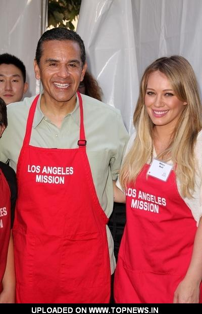 Antonio Villaraigosa and Hilary Duff at Los Angeles Mission's 75th Anniversary Year End of Summer Block Party