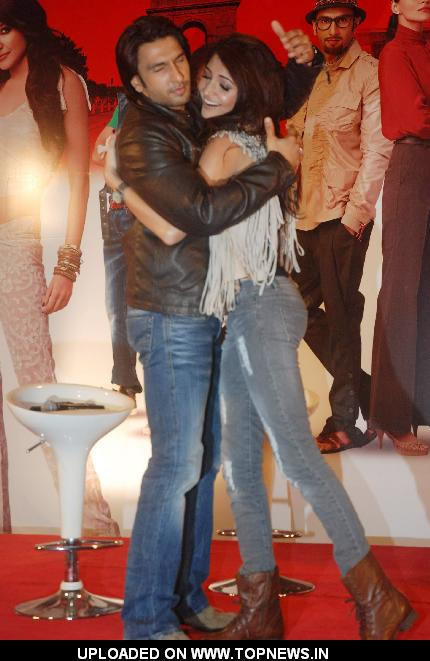 Anushka Sharma and Ranveer Singh and cast grace Ladies V/s Ricky Bahl event at Yashraj, Mumbai