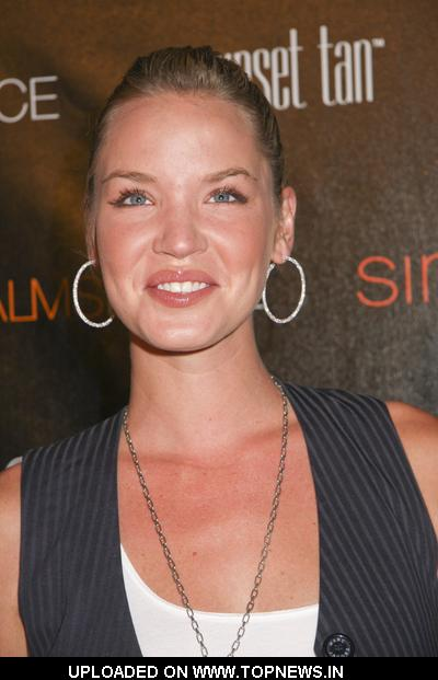 Ashley Scott at Palms Place Hotel and Spa Grand Opening - Arrivals