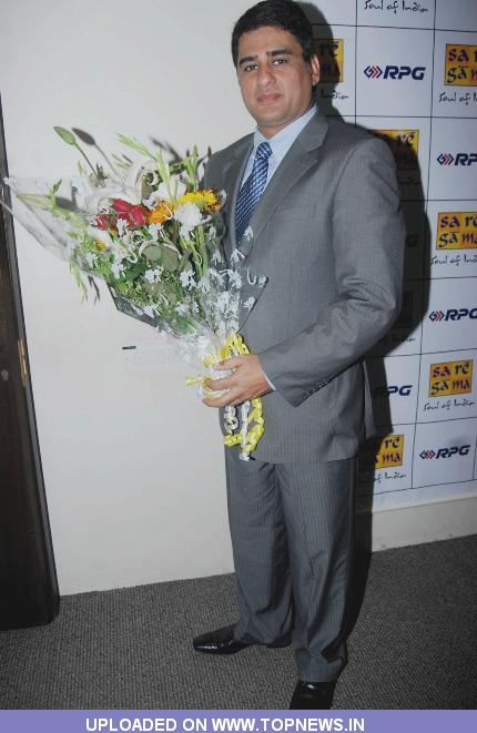 "Ayub Khan at Launch of Album ""Sitare Zameen Par"""