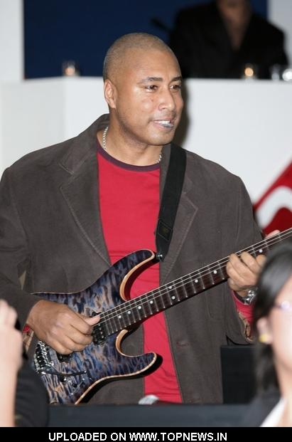 Bernie Williams at 7th Annual Ten O'Clock Classics Banefit Gala