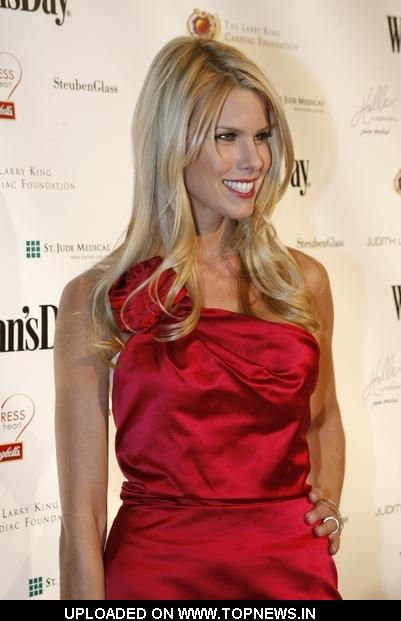 Beth Ostrosky Stern at 7th Annual Woman's Day Red Dress Awards - Arrivals