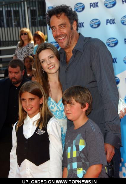 Brad Garrett with family at 2009 American Idol Finale - ArrivalsBrad Garrett Family