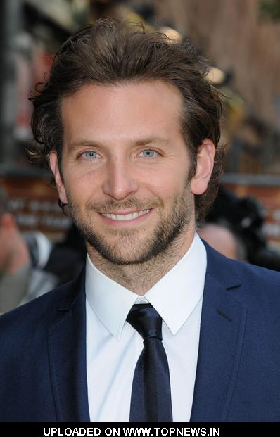 "Bradley Cooper at  ""The Hangover"" London Premiere - Arrivals"