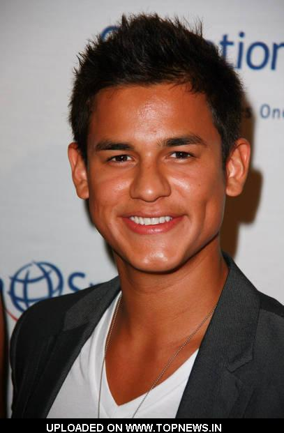 Bronson Pelletier - Picture