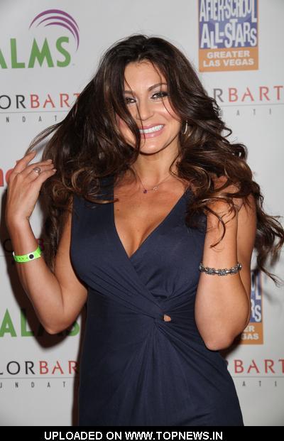 Cerina Vincent at 2010 Taylor Barton Inaugural Celebrity Charity Poker ...