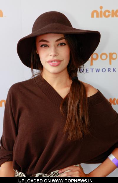 Chloe Bridges - Actress Wallpapers