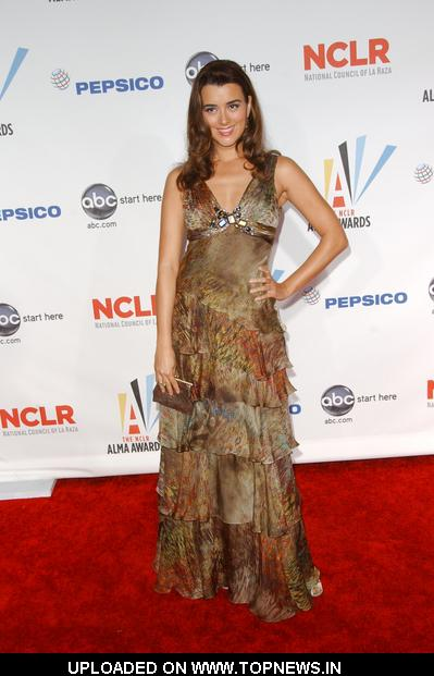 <b>Cote de Pablo</b> at 2009 NCLR