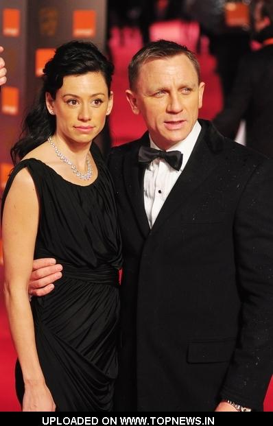 Daniel Craig at 2009 Orange British Academy of Film and Television Arts (BAFTA) Awards - Arrivals