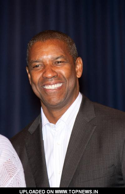 Denzel Washington at 6th Annual Pauletta and Denzel Washington Family Gifted ...