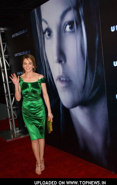 "Diane Lane at ""Untraceable"" World Premiere - Arrivals"