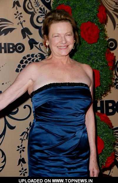 Dianne Wiest - Gallery Photo